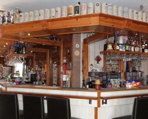 Een drankje aan de bar in Hotel Bergrust